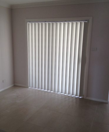 vertical blinds 11 - verticals with no chains and stick control (3)